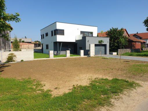 Obiteljska kuća Trstenjak, Mihovljan – Uređenje dvorišta
