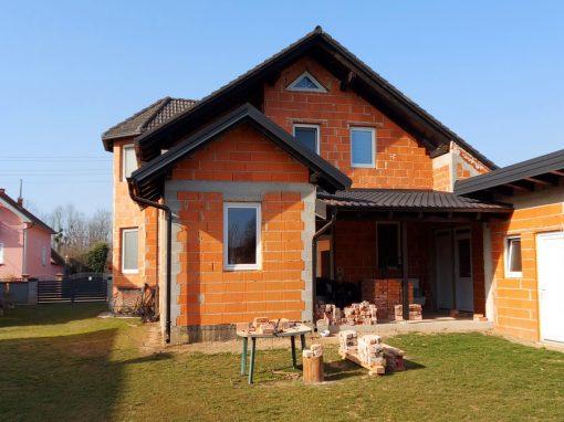 Obiteljska kuća Bukal, D. Hrašćan – Rekonstrukcija kuće i dogradnja gospodarskih objekata